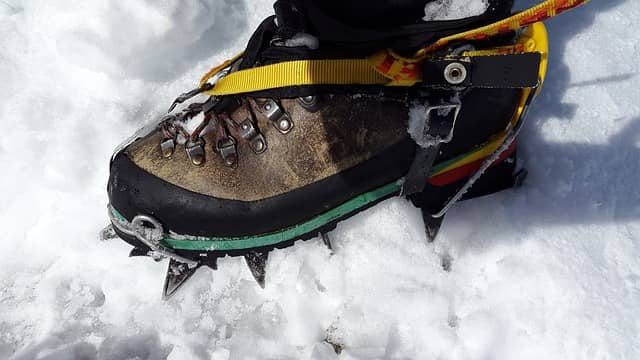 Hillsound Trail Crampon 11 Carbon Steel Spikes